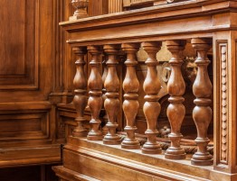 Wooden banister in Courtroom
